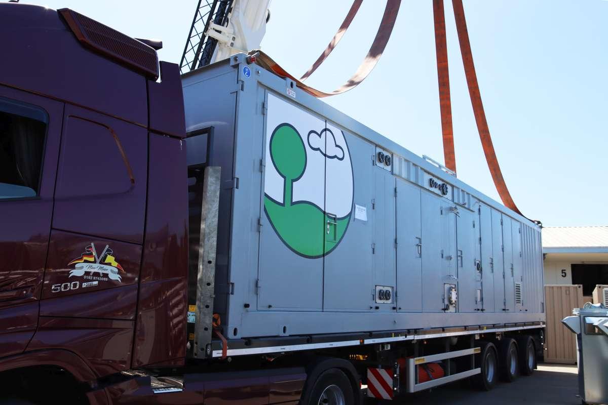 Verladung des zweiten EnviThan-Containers für Estland