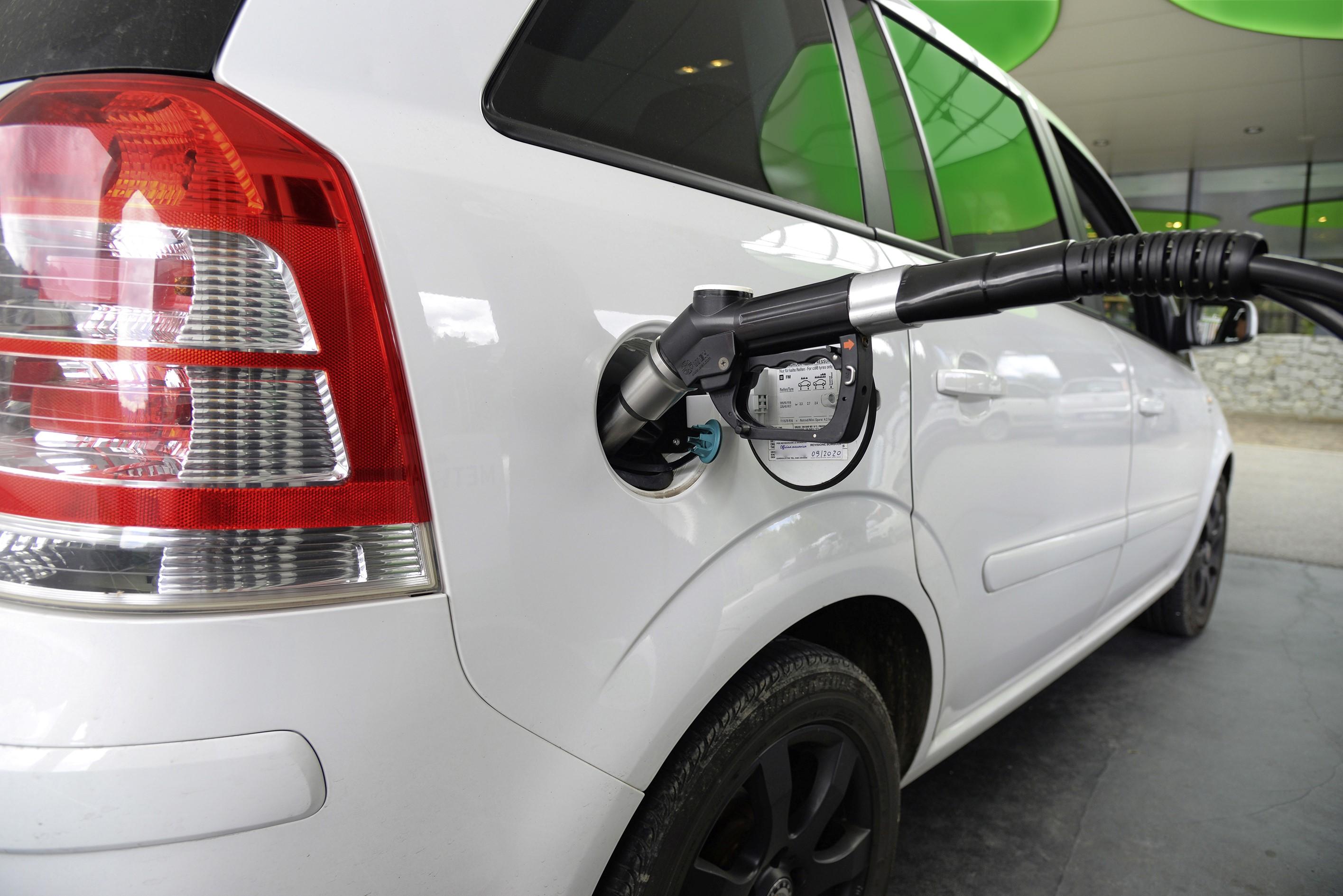 Bio-CNG - das erneuerbare Pendant zu Erdgas kann sofort zur CO2-Reduktion im Verkehrssektor beitragen (Quelle Fotalia)