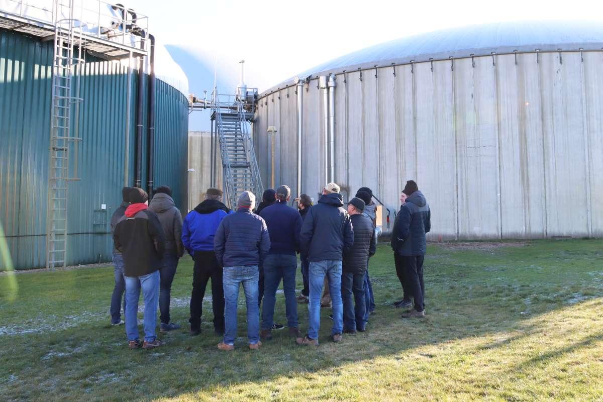 In Golzow stand die EnviTec-Eigenbetriebsanlage mitsamt Vorstellung der Behältersanierung und Siloabdeckung im Mittelpunkt.